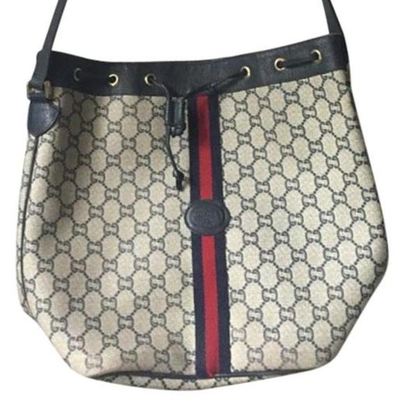 95b1bad8741b Gucci Handbags - Vintage GUCCI Plus Large Bucket Bag Shoulder
